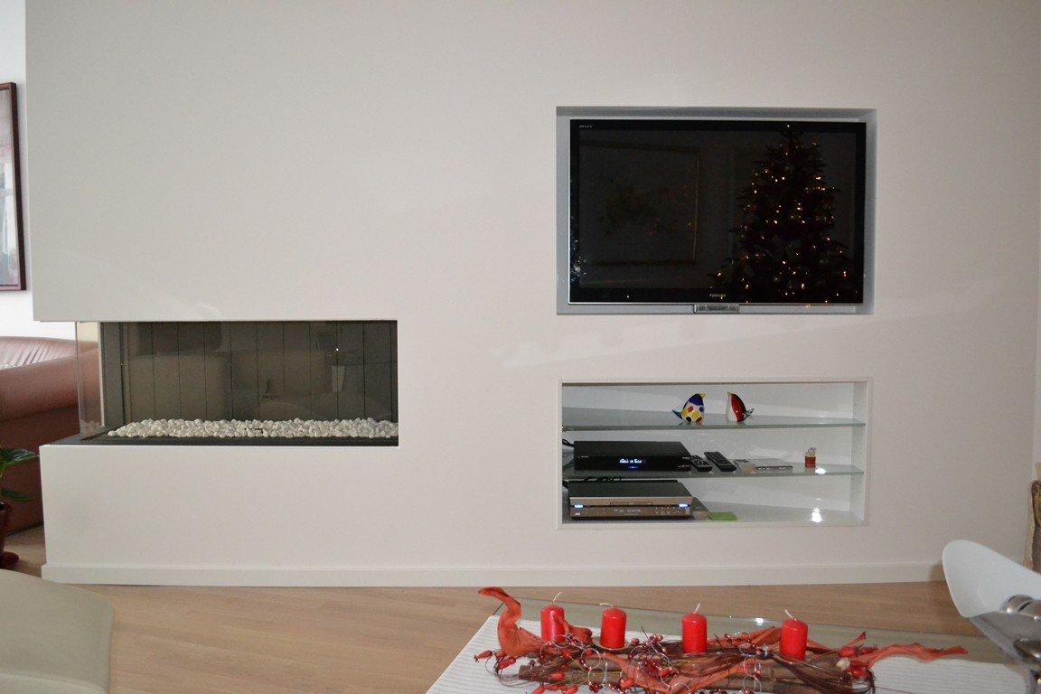 Tv of audio meubel fabritius bouw interieur te schinnen for Wandfarbe kamin