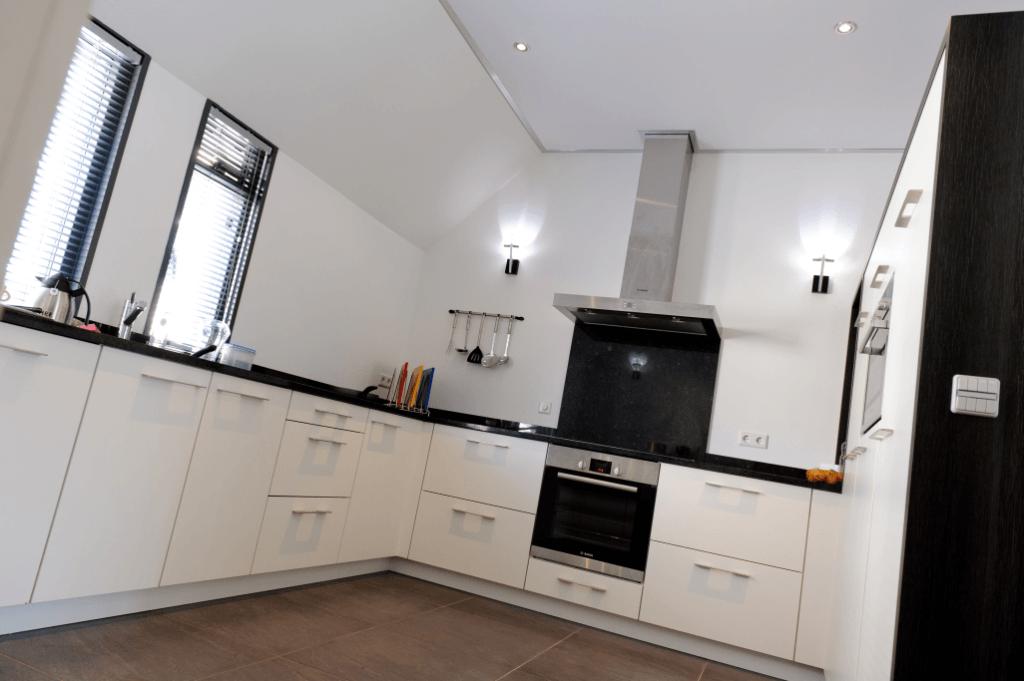 Keuken plafonds een nieuw plafond in de keuken - Design keuken plafond ...